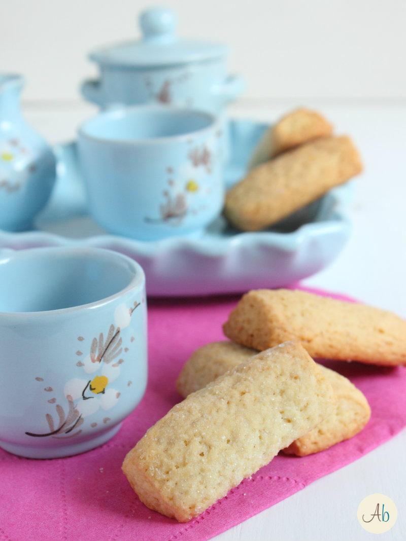 biscotti alla panna da inzuppo