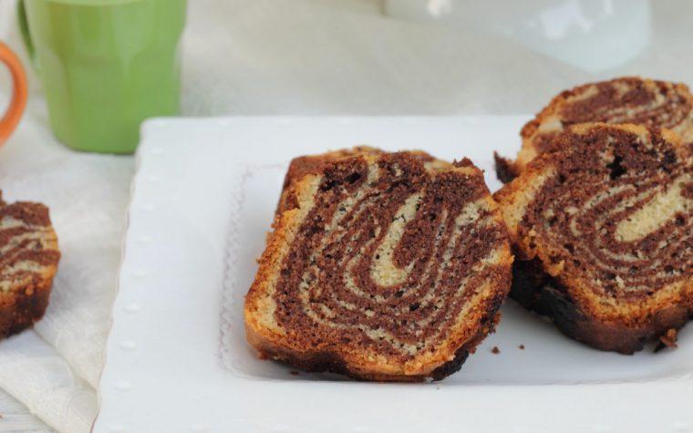 Ciambella Zebrata Cocco e Cacao – senza lattosio