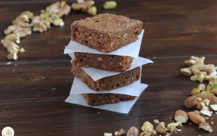 Brownies alle Noci e Pistacchi