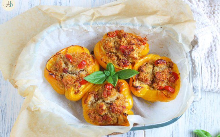 Peperoni ripieni Quinoa Pollo e Mandorle