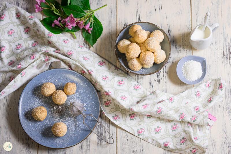 Biscotti morbidi al cocco e yogurt