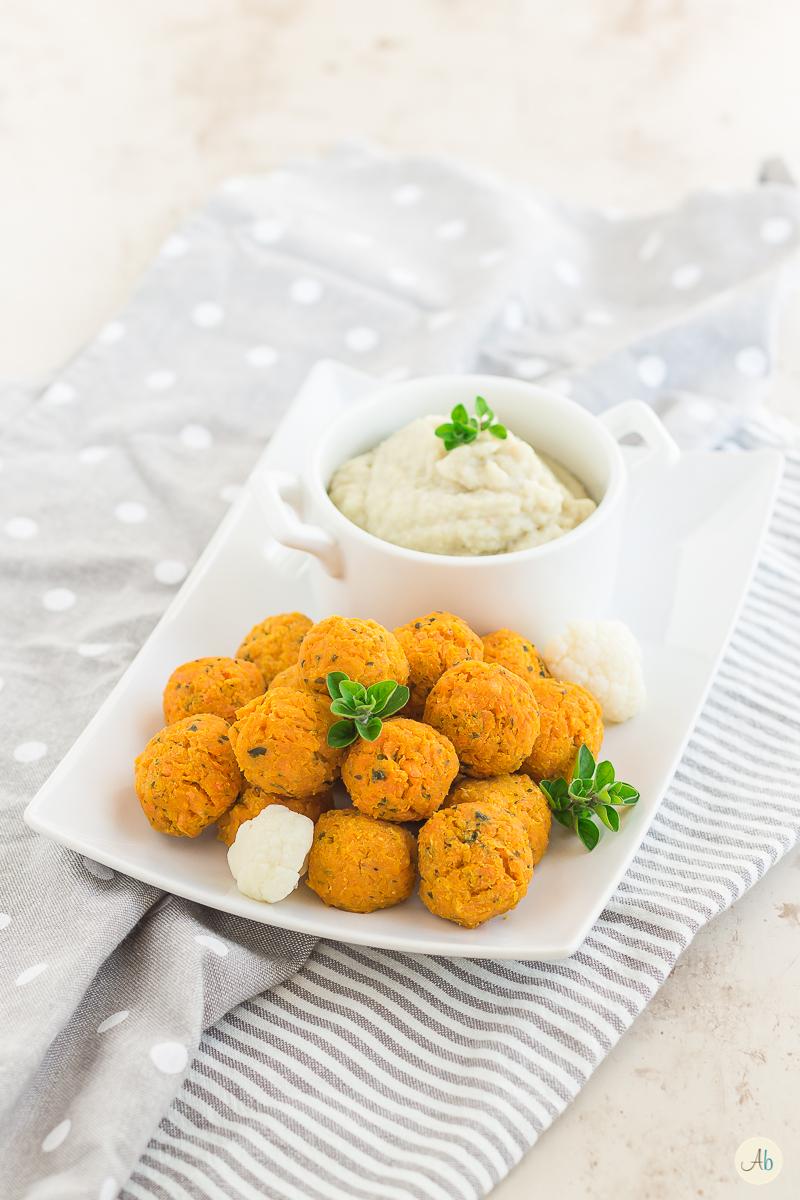 polpette carote ceci e crema di cavolfiore
