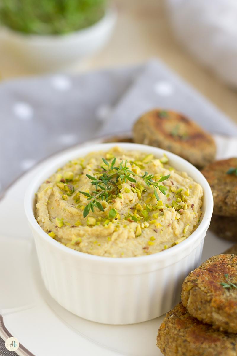 Polpette di lenticchie e quinoa con Hummus ai pistacchi
