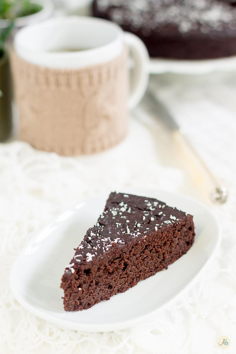 Torta al cioccolato e farina di carrube vegan glutenfree