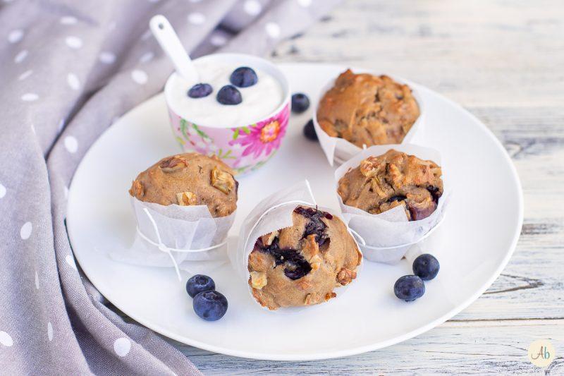 Muffin consapevoli mirtilli, pere e noci