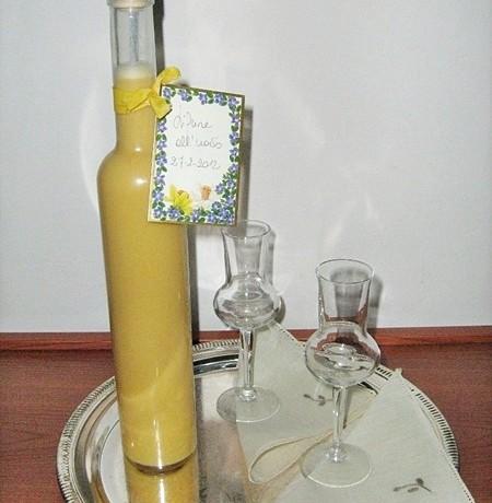 LIQUORE ALL' UOVO ricetta liquore casalingo