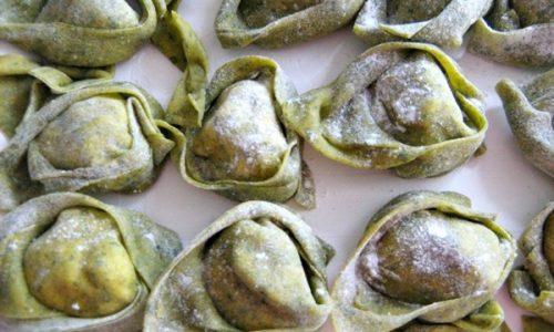 TORTELLACCI VERDI CON RIPIENO DI RICOTTA E NOCI ricetta buonissima