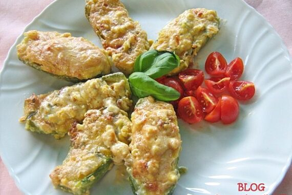 ZUCCHINE RIPIENE AL DOPPIO GUSTO ricetta gustosa