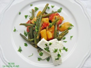 fagiolini-patate-e-pomodori-con-feta-LA CUCINA DI ASI
