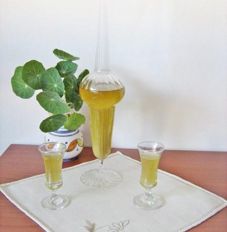 LIQUORE ALLE BACCHE DI GINEPRO  ricetta liquore casalingo