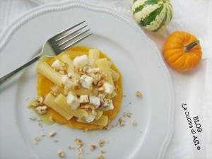 tortiglioni-zucca-gorgonzola-noci-LA CUCINA DI ASI