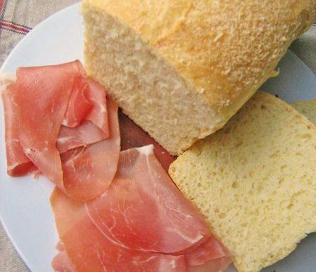 PANE AL PARMIGIANO ricetta salata