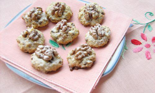 BISCOTTI NOCI E CIOCCOLATO ricetta dolce e veloce