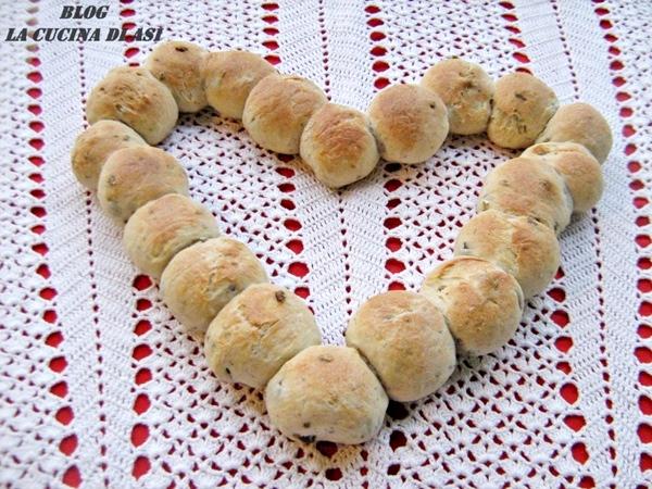 coroncina di pane alle olive