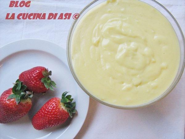 crema-pasticcera-e-fragole-la-cucina-di-ASI