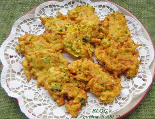 FRITTELLE DI CAROTE E ZUCCHINE Ricetta salata