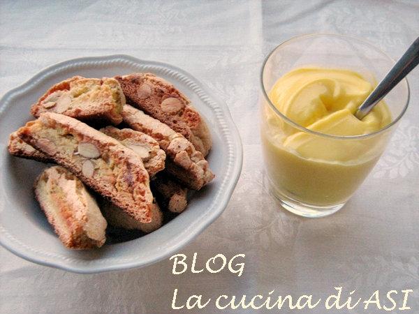 Cantucci salati con parmigiano e noci finger food croccanti per buffet - Cucina fanpage facebook ...