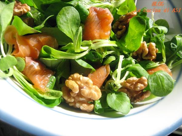 insalata salmone noci soncino La cucina di ASI
