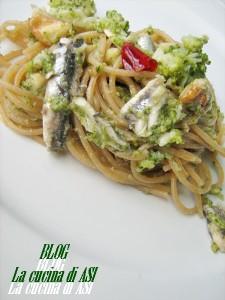 integrale con alici marinate, crema di broccoli e peperoncino La cucina di ASI