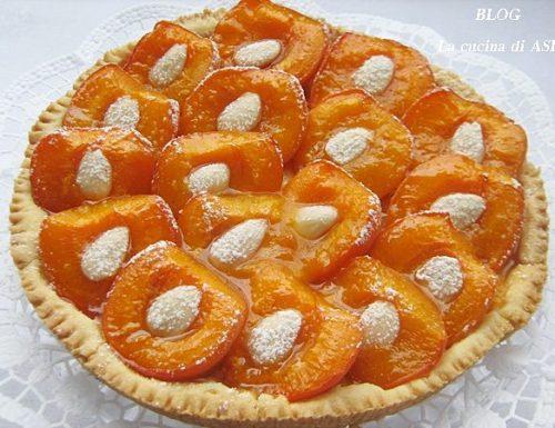 Crostata con albicocche fresche-Ricetta dolce