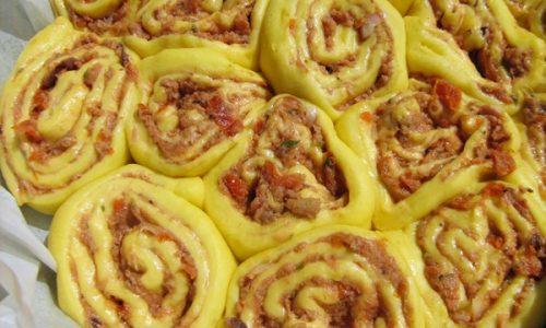 TORTA DELLE ROSE SALATA Ricetta sfiziosa