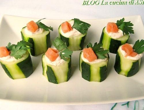 ANTIPASTO/FINGER FOOD AL SALMONE Ricetta antipasti di pesce