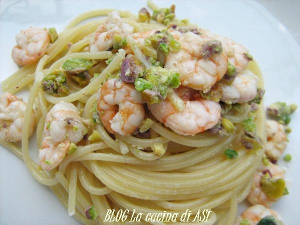 spaghetti pistacchi gamberetti La cucina di ASI