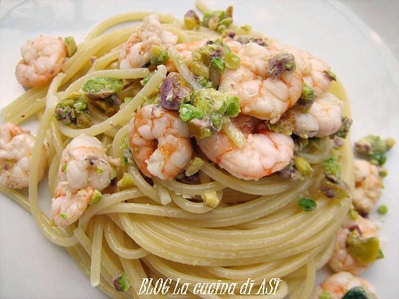 Spaghetti-pistacchi e gamberetti