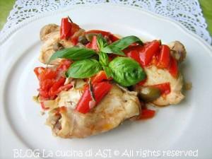 Pollo con peperoni ed olive