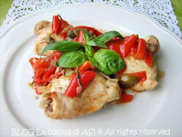 POLLO CON PEPERONI ED OLIVE Ricetta secondo piatto di carne
