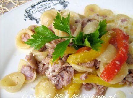 ORECCHIETTE CON PEPERONI E SALSICCIA Ricetta primo piatto