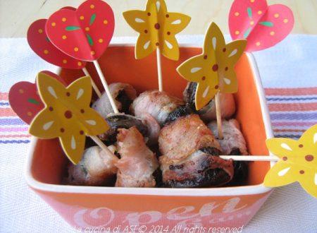 Involtini di prugne al bacon-Ricetta antipasto