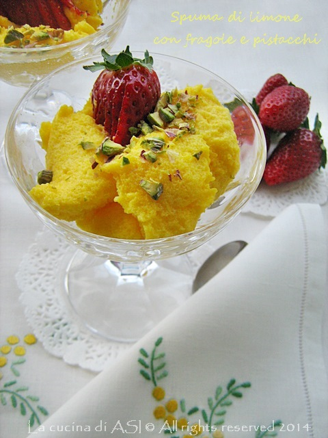 mousse limone con fragole e pistacchi La cucina di ASI
