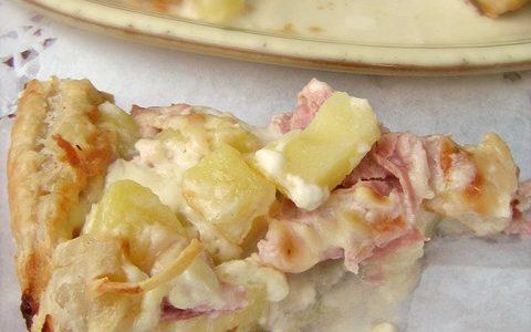 TORTA SALATA CON PATATE, PROSCIUTTO E CRESCENZA Ricetta salata