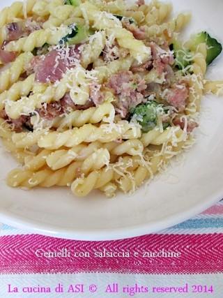 gemelli salsiccia e zucchine
