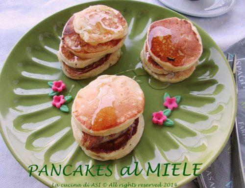 Pancakes al miele-Ricetta dolce