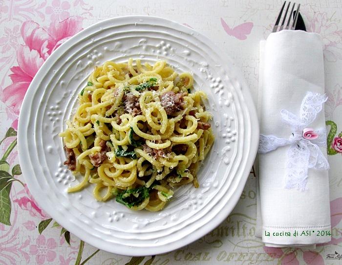 GRAMIGNA-RUSTICA-SALSICCIA-SCALOGNO-RUCOLA-SALSICCIA-La-cucina-di-ASI-blog