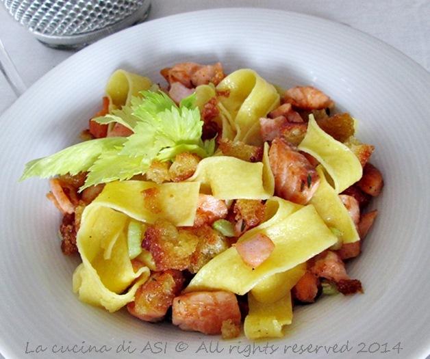 Pasta salmone briciole La cucina di ASI 2014