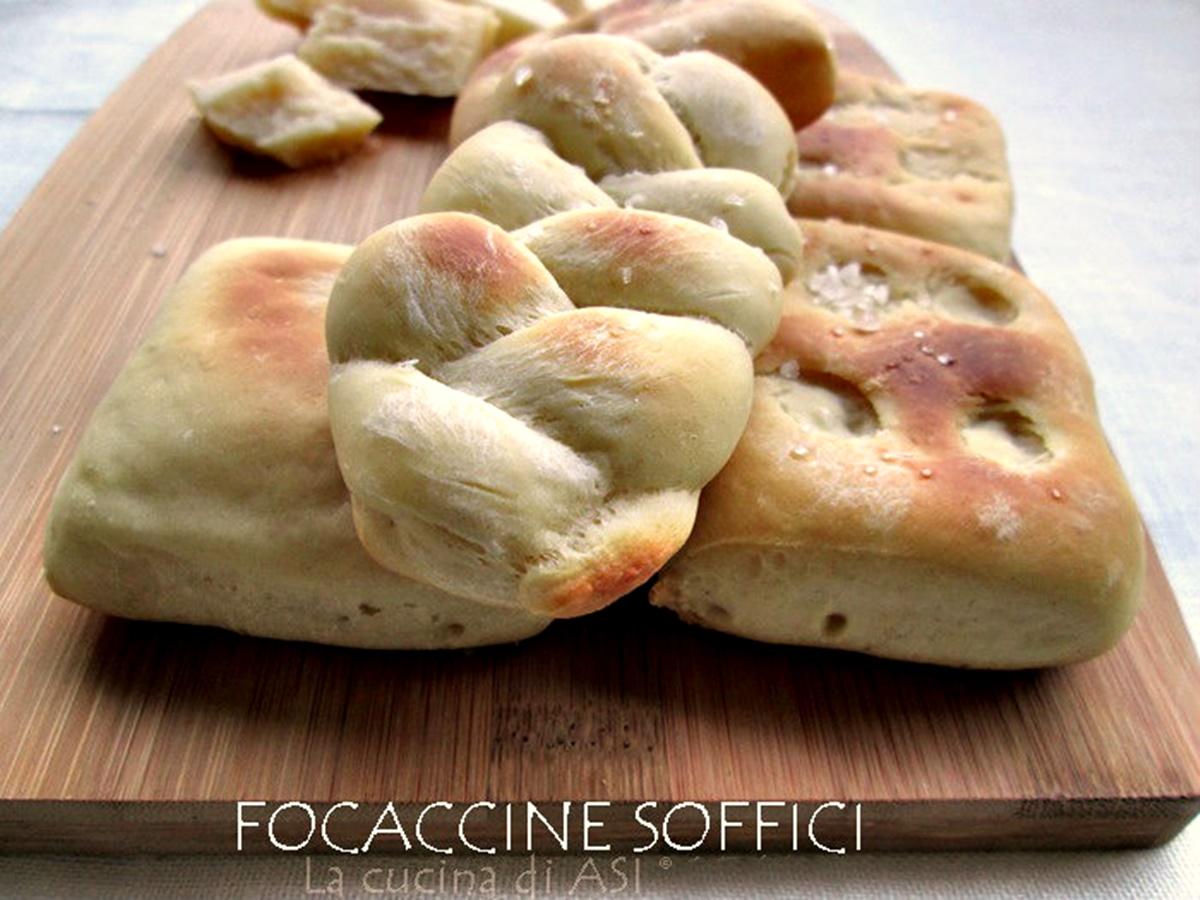 LE-focaccine-La-cucina-di-ASI-© blog 2015