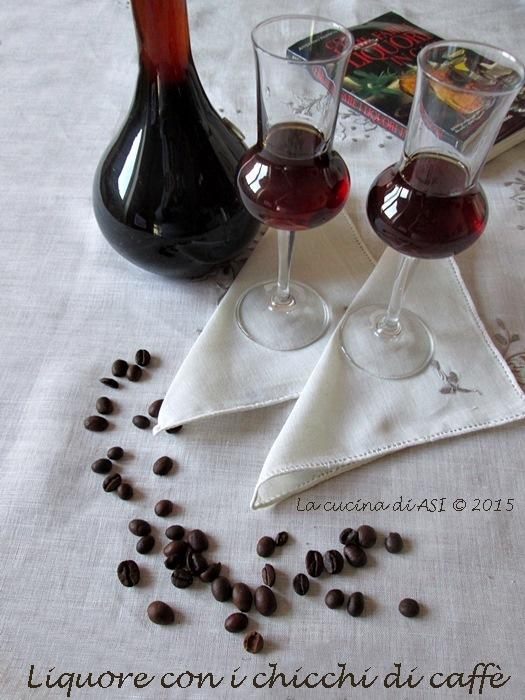 il Liquore-chicchi-di-caffè- de La-cucina-di-ASI-©-2015