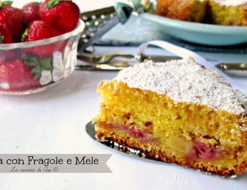 Torta fragole e mele Ricetta dolce