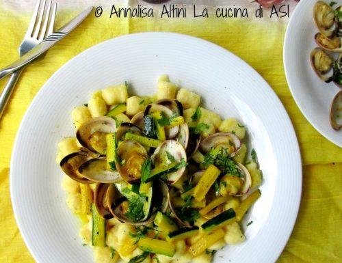 Gnocchetti con vongole e zucchine