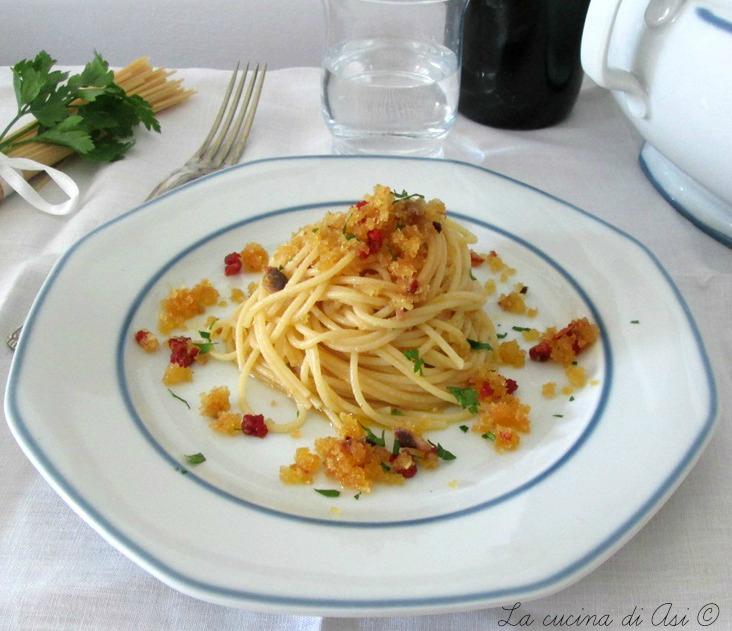 mollica-ACCIUGHE-Spaghetti-La-cucina-di-ASI-© 2015