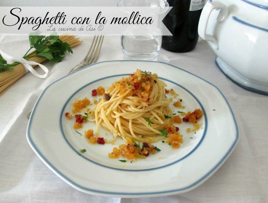 spaghetti-mollica-acciughe-La-cucina-di-ASI-© 2015