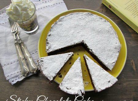 STICKY CHOCOLATE CAKE Ricetta dolce al cioccolato