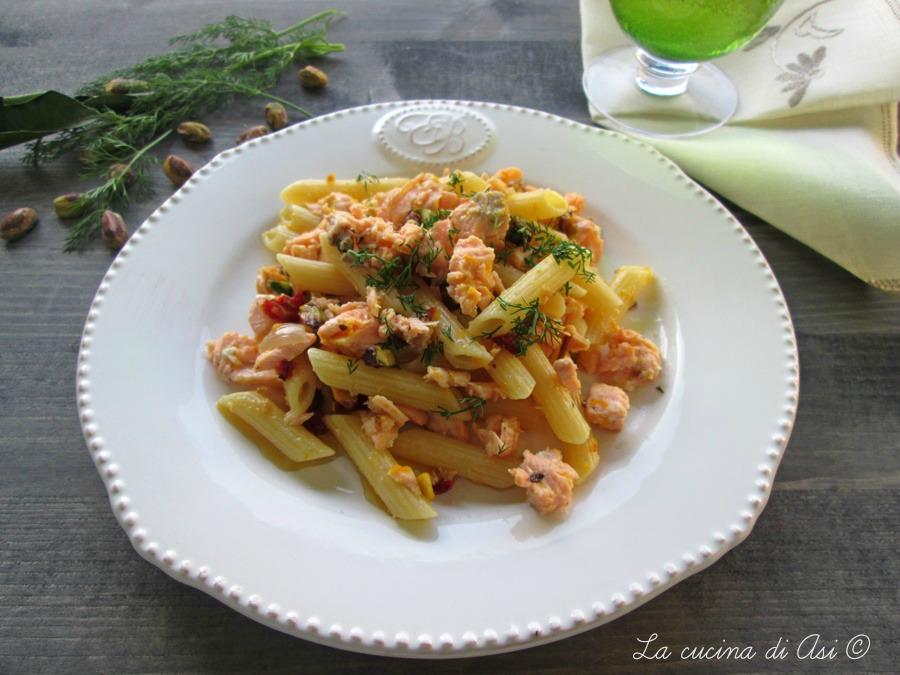 pasta con salmone pistacchi