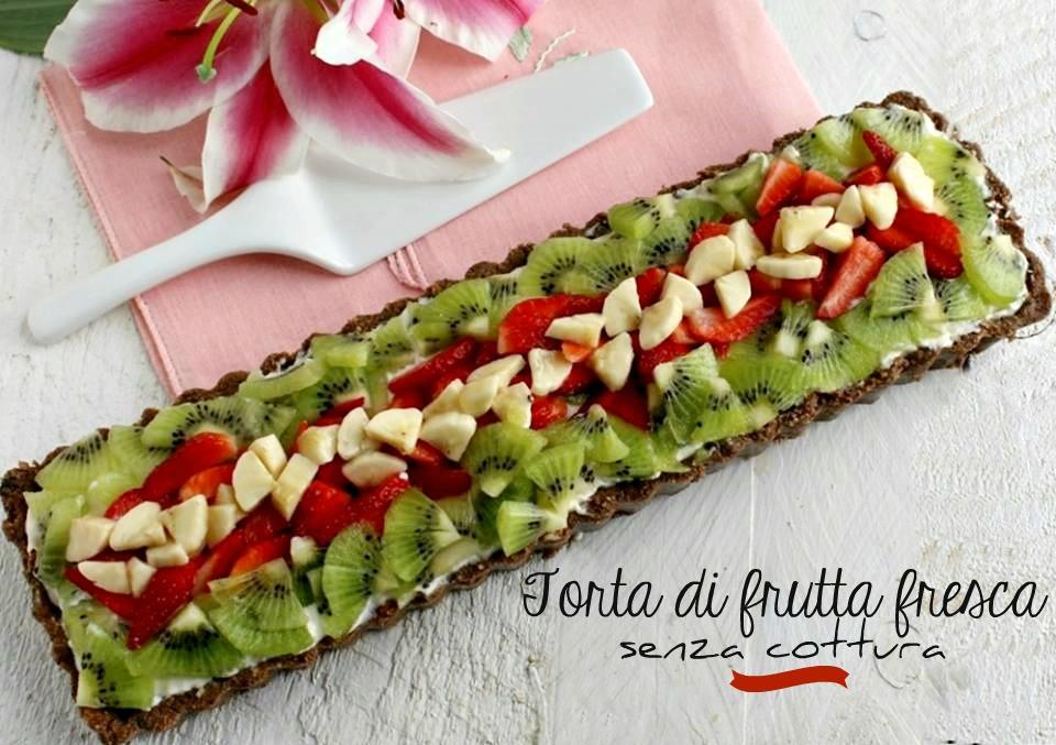 torta di frutta fresca veloce senza cottura