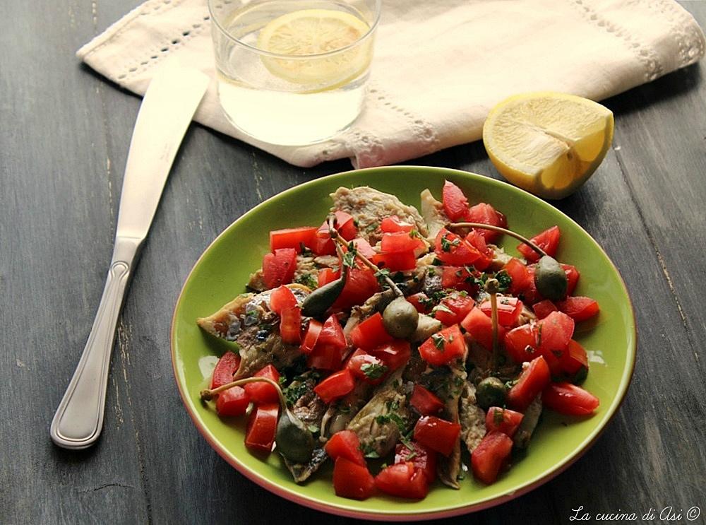 Sgombro grigliato con pomodori