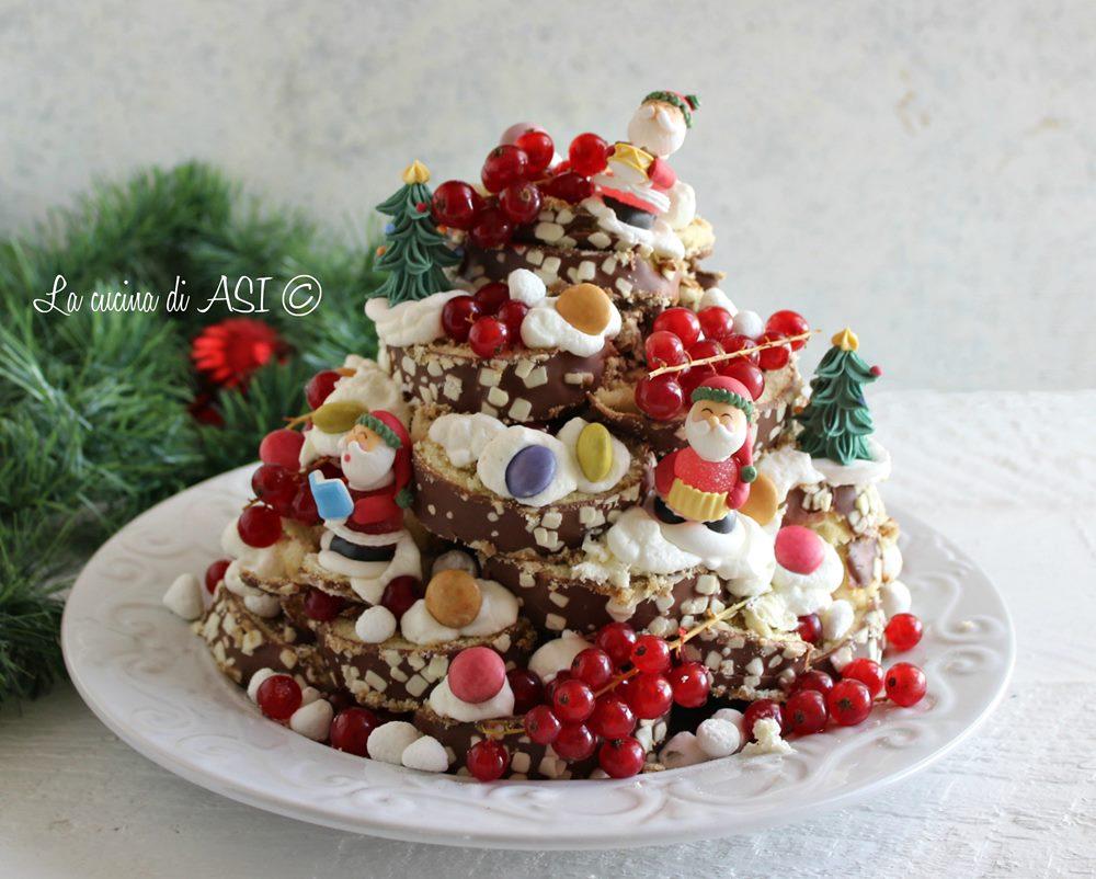 Albero dolce pronto di Natale