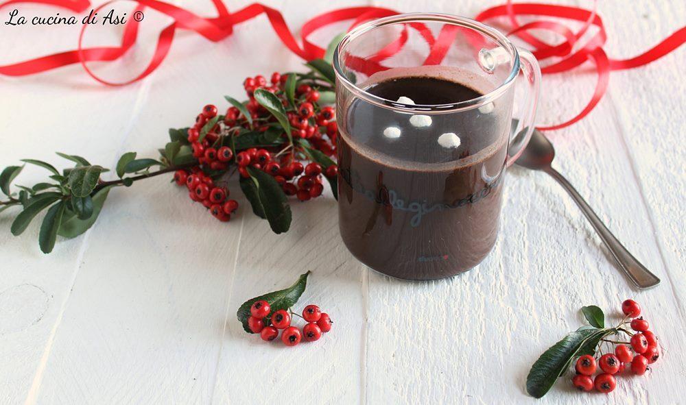 Cioccolata cremosa in tazza